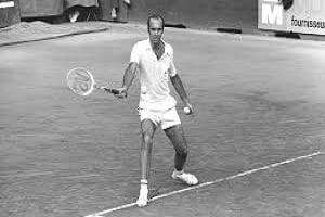 Spanish tennis player Andres Gimeno passes away